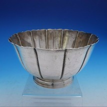 Lunt Style Sterling Silver Centerpiece Bowl c.1720 Marked #426-D (#4142) - $899.00