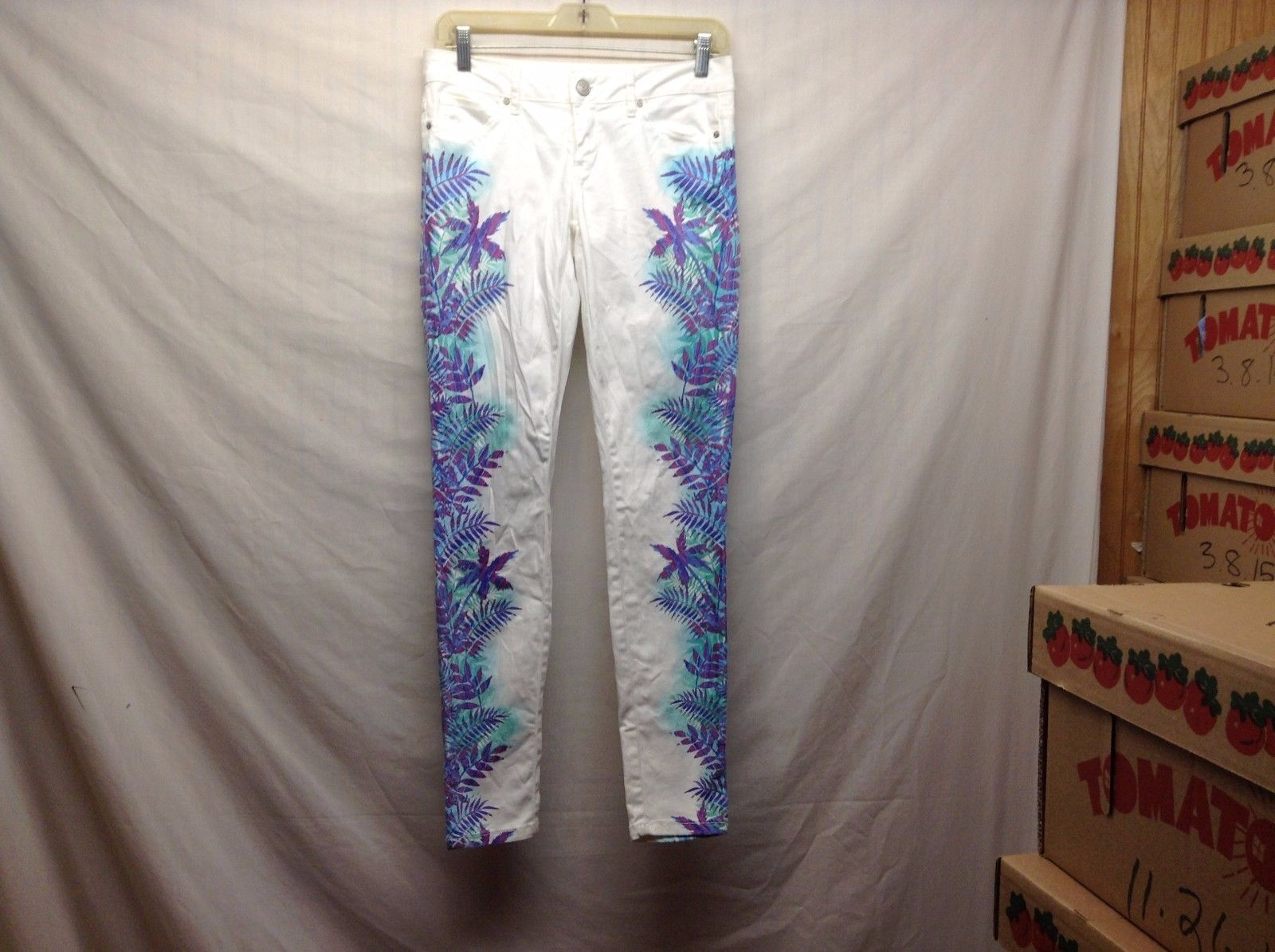 Aeropostale White w Pastel Green Blue Lt Blue Purple Tropical Print LOLA Jegging