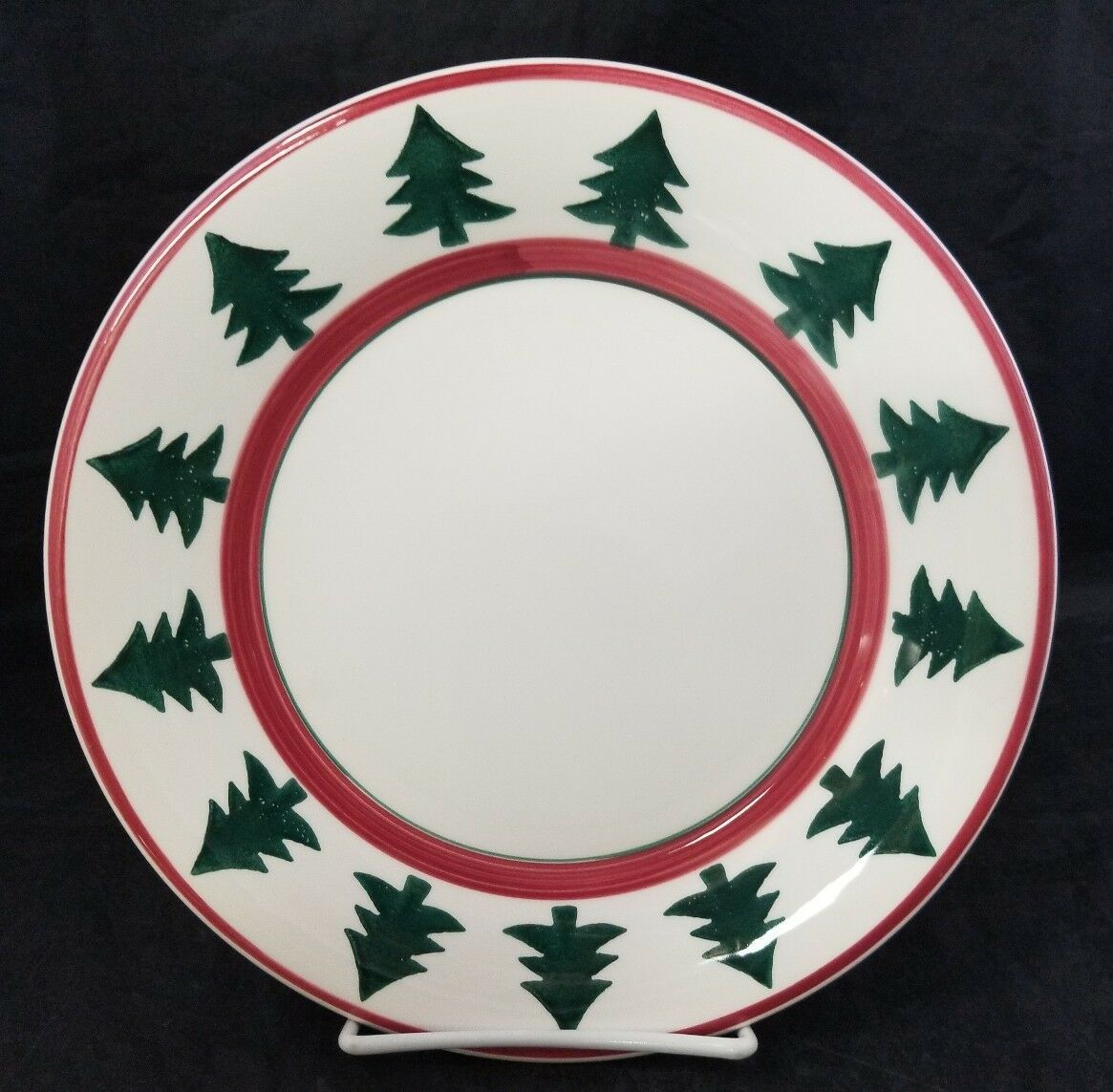 "Pier 1 Christmas Tree Dinner Plates Set of 2 Made in Italy 9.75"" White Red Trim"