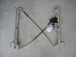 Power Window Regulator w/Motor Front Driver Side fits 99 - 07 Silverado SUV - $37.94