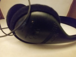 Sony MDR-027 WALKMAN Portable over the ear Headphones - $10.00