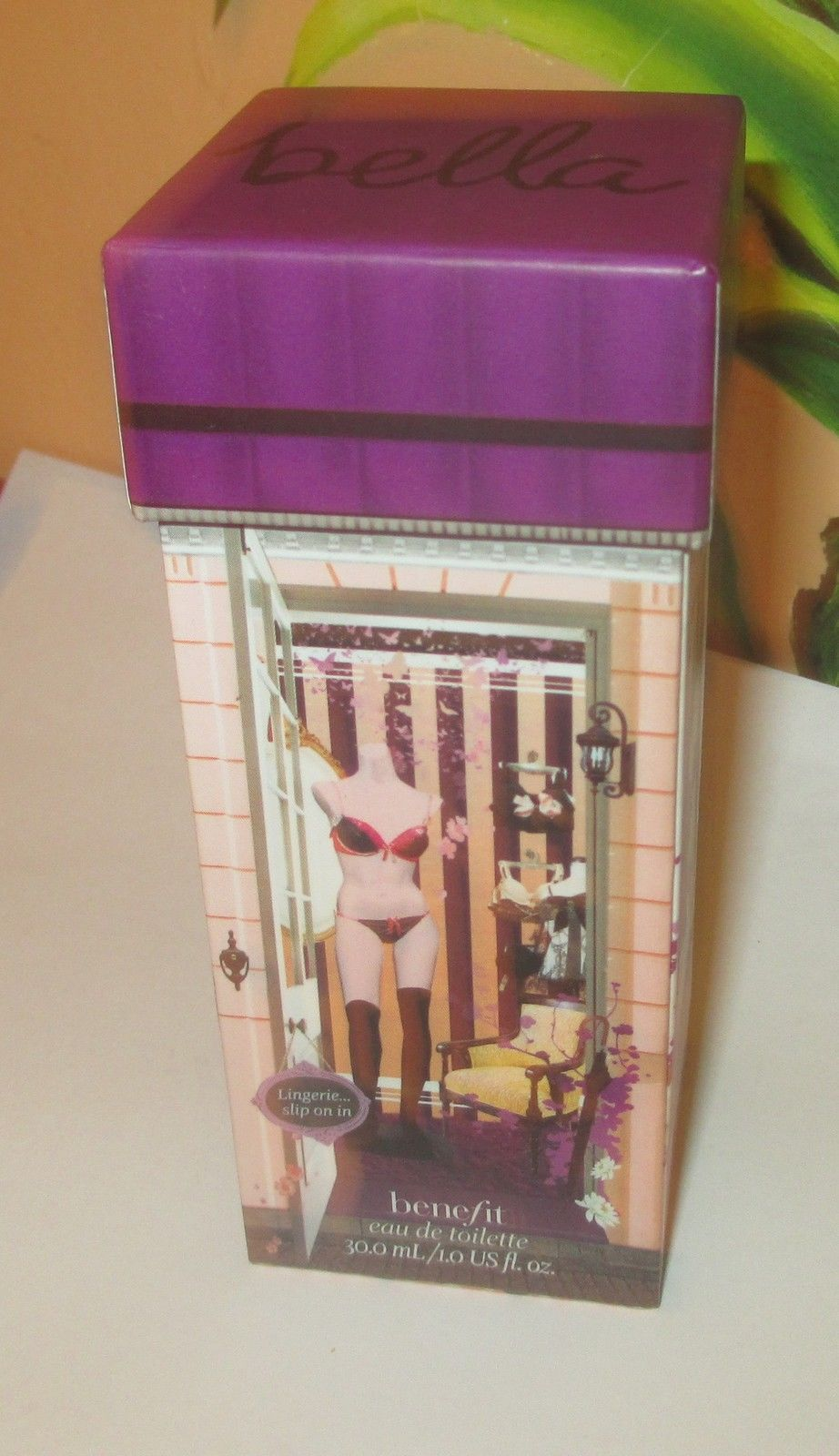 Benefit Ring My Bella 1 fl oz Eau De Toilette Spray. New In Box image 2