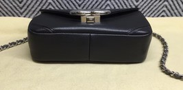 NEW AUTHENTIC CHANEL 2017 BLACK GRAINED CALFSKIN CHEVRON SMALL FLAP BAG  image 5
