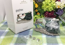 Hallmark Harry Potter The Final BAttle ornament 2012  - $98.77