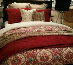 Pottery Barn Set 2 Washed Velvet Standard Shams Ruby Red Classic Pair Set - $96.11
