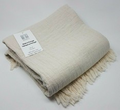 Texteis Penedo, S.A. 100% Throw Blanket 50'' x 70'' Color: Cream - ₹4,266.16 INR