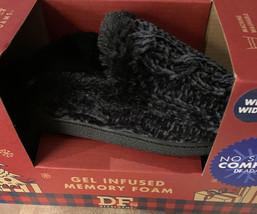 DF by Dearfoams Scuff Slipper Women's Small 5-6 Wide Memory Foam Indoor Outdoor - $14.45