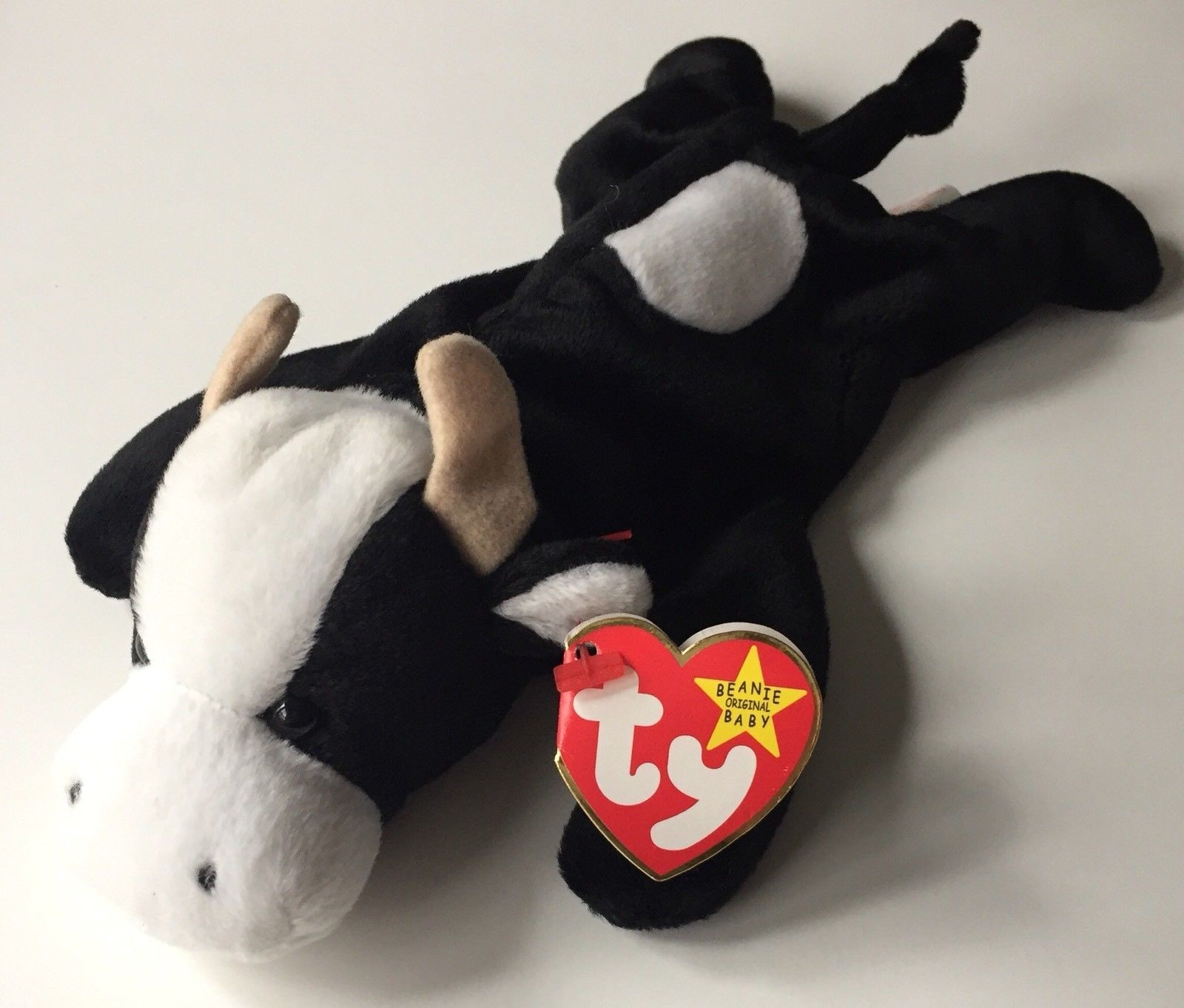 "TY Beanie Babies ""Daisy"" Cow Style 4006 - and 35 similar items. S l1600 716d87c8a352"