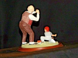 """""""Low and Outside """" by Norman Rockwell Figurine AA19-1665 Vintage image 6"""