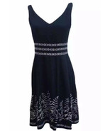 Dressbarn Blue Fit and Flair dress with white flower trim 6P - $28.71