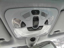 Front Overhead Console / Map Light 2003-2007 Mercedes C240 - $136.62