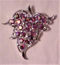 Vintage Sarah Coventry Brooch Cranberry Sparkling Stones - €32,93 EUR