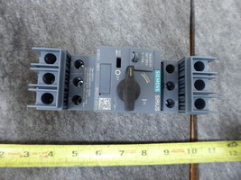 SIEMENS 0.63 Amp Circuit Breaker 3RV2711-0GD10 New  - $98.01