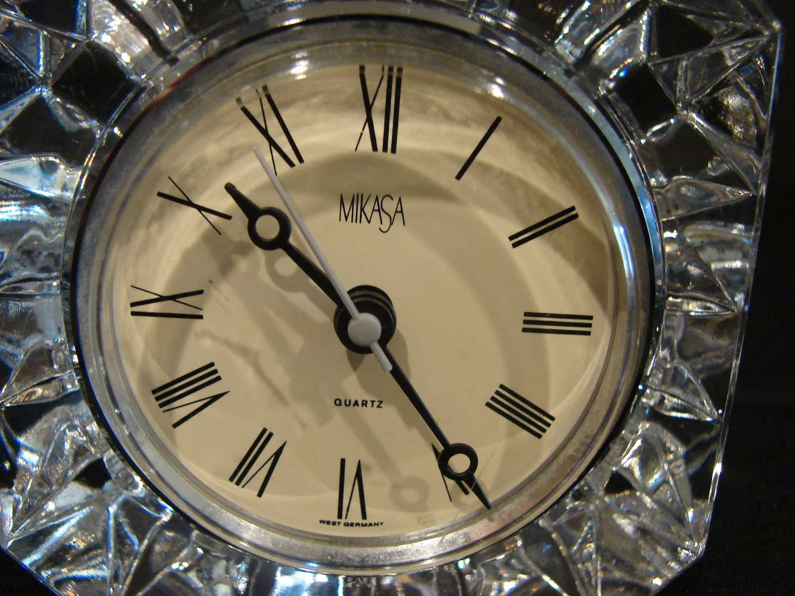 Mikasa Crystal Small Desk Student Clock Westminster