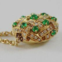 18k YELLOW GOLD NECKLACE WITH CABOCHON GREEN EMERALD AND DIAMONDS BUTTON PENDANT image 3