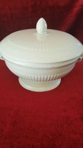 "Wedgwood Edme 7 7/8"" x 4 1/8"" Round Covered Vegetable Serving Bowl - $63.35"