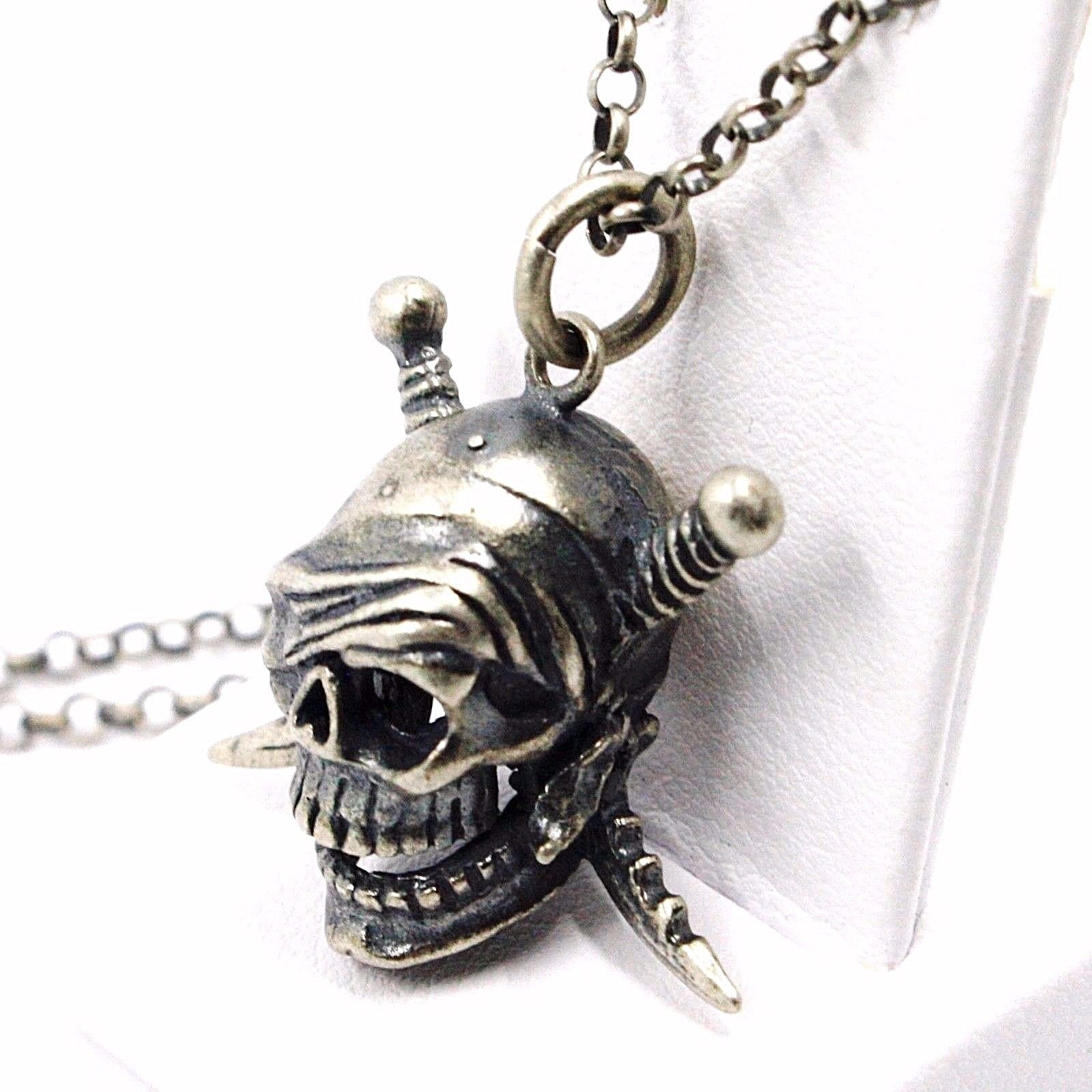 NECKLACE AND PENDANT, 925 SILVER, BURNISHED SATIN, PIRATE SKULL, CHAIN ROLO'