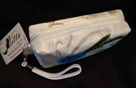 Clutch Bag/Wristlet/Makeup Bag - Single Blue Rose Applique on Ivory Brocade image 4