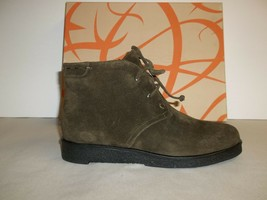 Via Spiga Size 6 M JANCY Olive Suede Leather Ankle Boots New Womens Shoes - $117.81