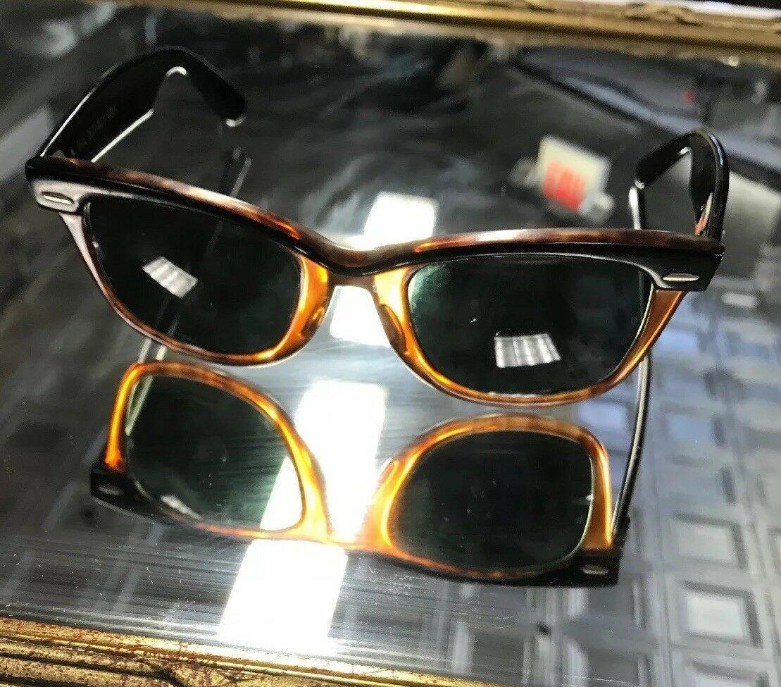 62375ef926d Vintage B L Ray-Ban USA Wayfarer Sunglasses Bausch   Lomb Signed ...
