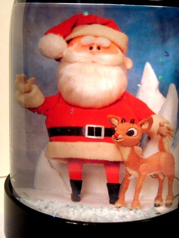 Rudolph the Red-nosed Reindeer & Santa Claus Snow Globe Snowglobe TV Special