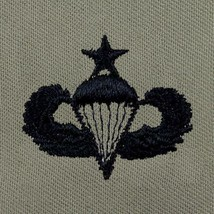 ARMY EMBROIDERED BADGE: SENIOR PARACHUTE EMBROIDERED WITH BLACK THREAD O... - $13.84