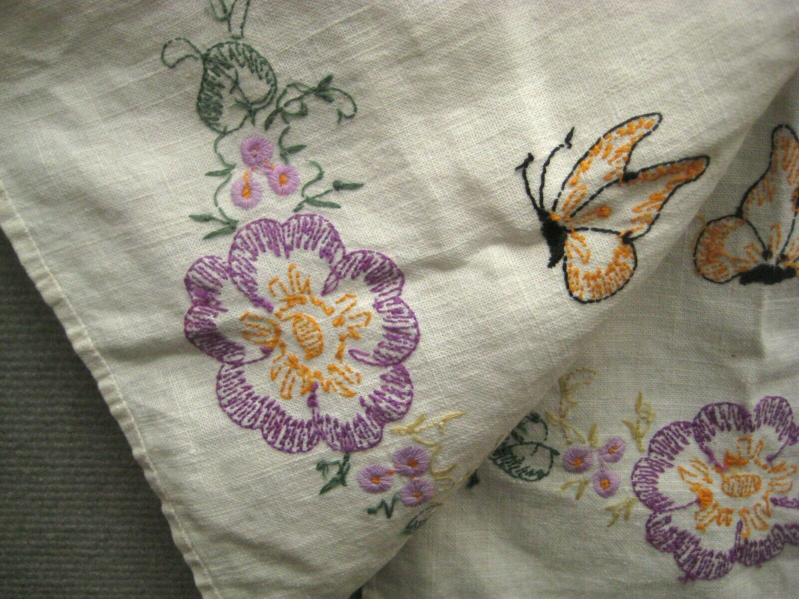 Tea Towel 38 In Kitchen Bathroom Crewel Embroidery Hand Stitch Floral Butterfly image 4