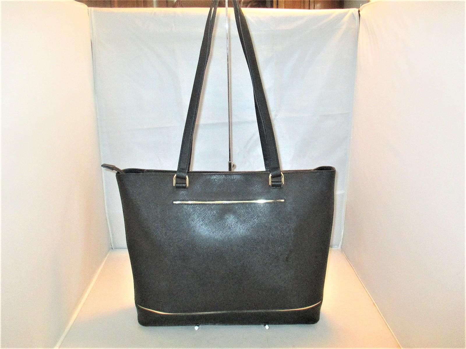 ead4d895e1e6 Michael Kors Handbag Frame Out Large and 50 similar items