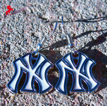 New York Yankees Dangle Earrings, Sports Earrings, Baseball Fan Earrings... - $5.95