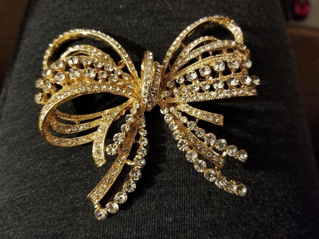 Gold Bow/Butterfly Swarovski Crystal Brooch Pin
