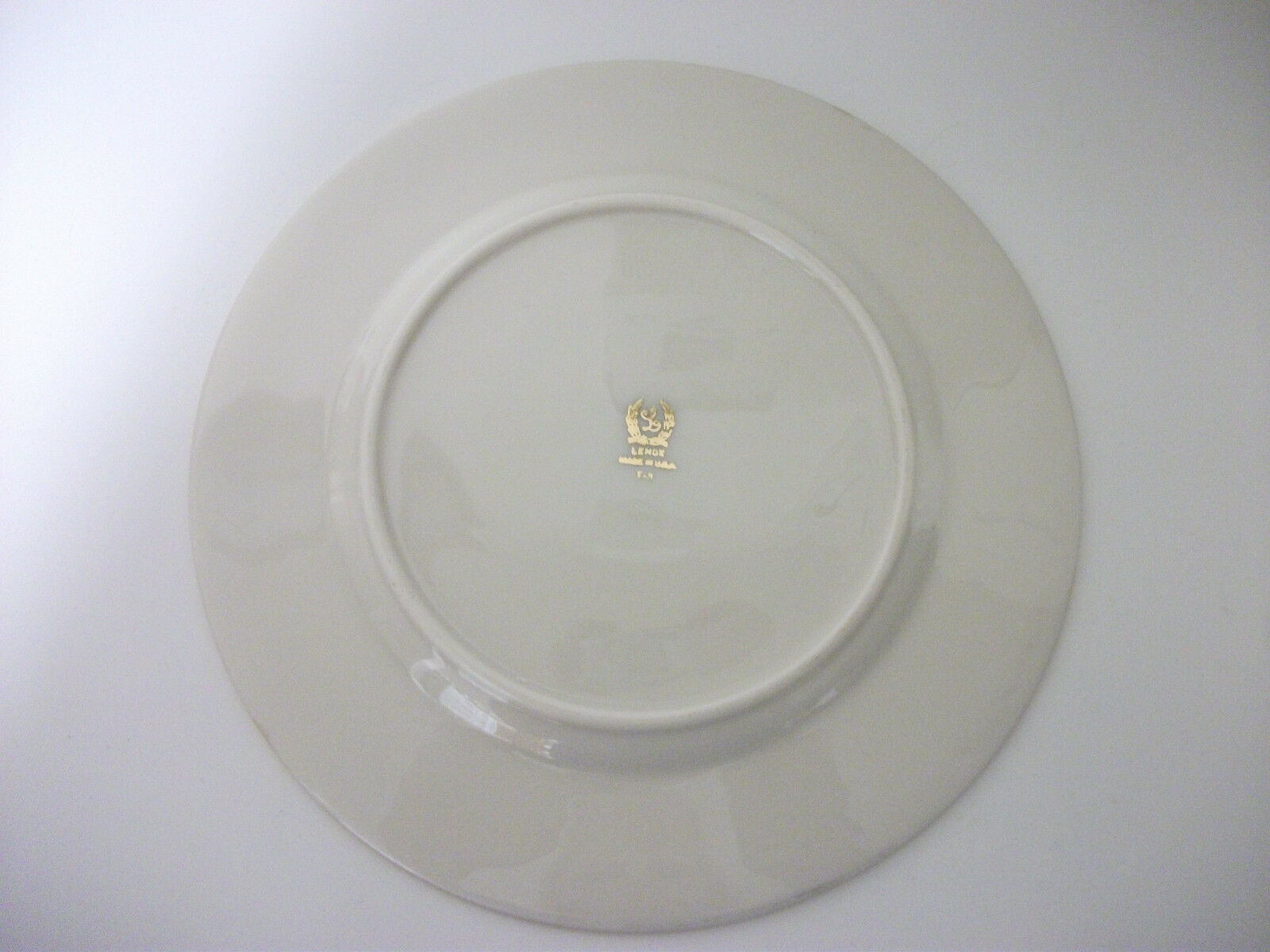LENOX CHINA FAIRMOUNT T-3 PATTERN SALAD PLATE DISH 8 1/4 INCHES MADE IN USA