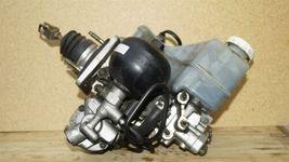 01-02 Mitsubishi Montero Limited Abs Brake Pump Assembly MR527590 MR407202 image 6