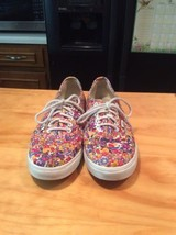 Women VANS Of The Wall Floral Print Tennis Shoes Size 8 - $24.99