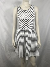 Maeve Dress Anthropologie 4 (S) White Black Stripe A Line Fit Flare Slee... - $31.49