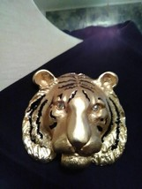 VINTAGE GOLDTONE PIN BROOCH LARGE BOLD TIGER HEAD BLACK ENAMEL STRIPES - $40.00