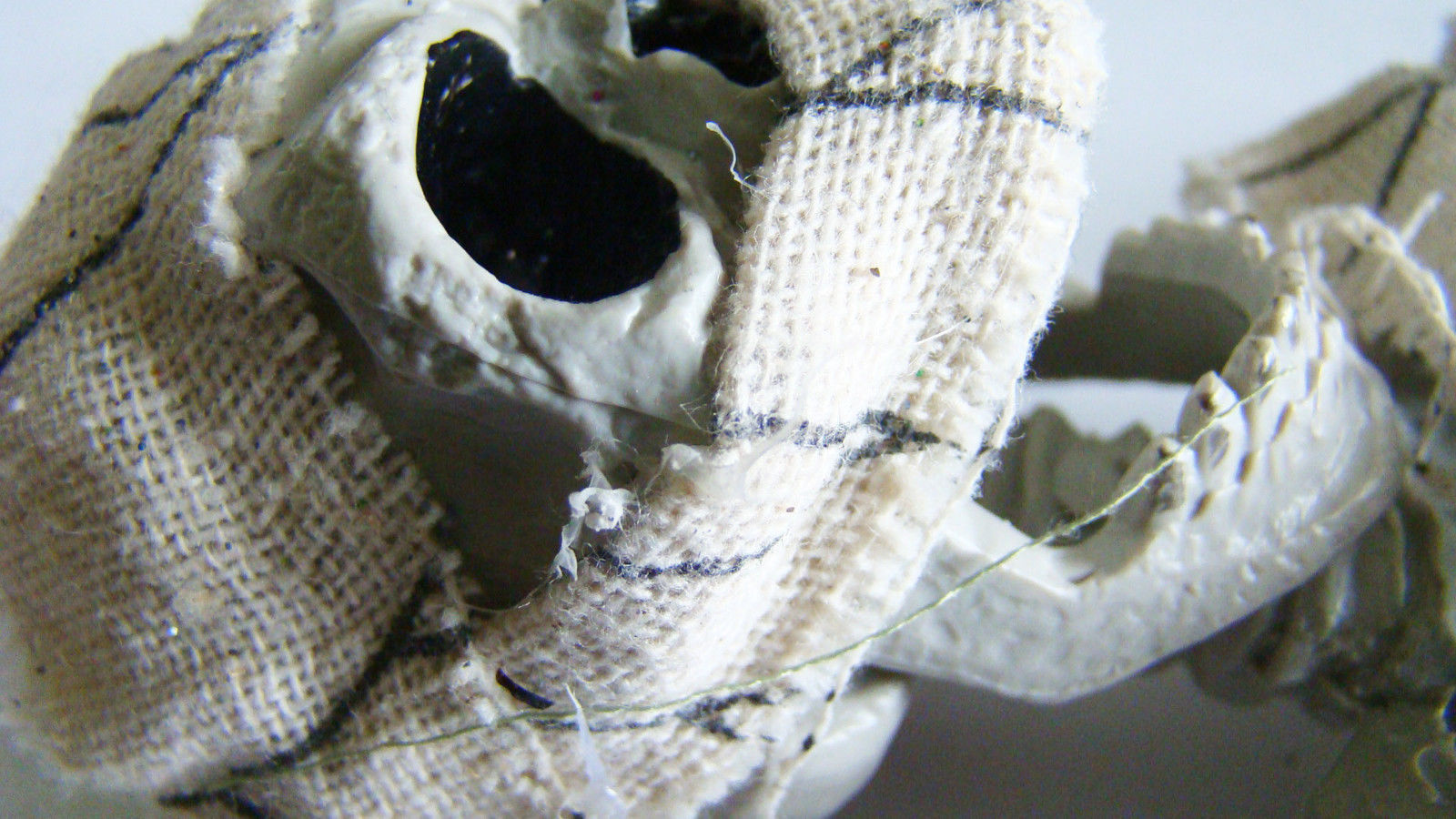 Halloween ~ Hanging Jointed Skeleton ~ NEW ~ Decor Props