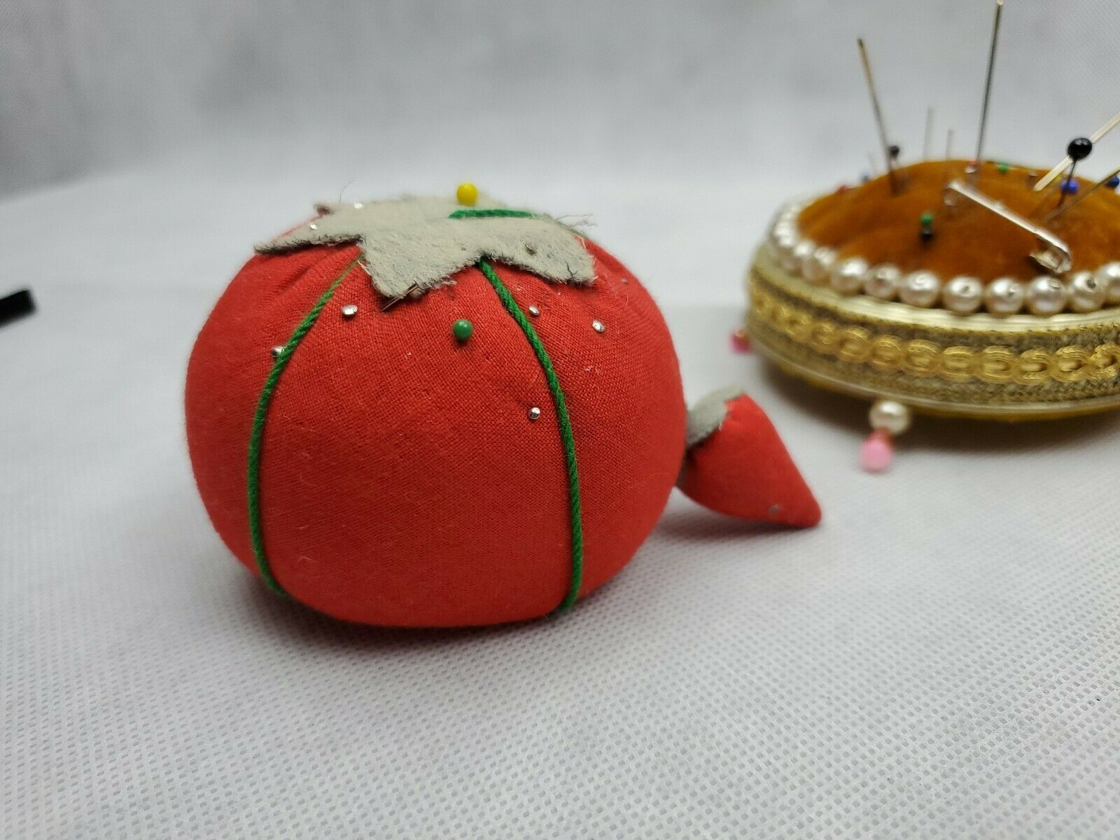 Huge Lot of 9 Vintage Pin Cushions Tomatoes apple mushroom metal Needle Sewing image 4