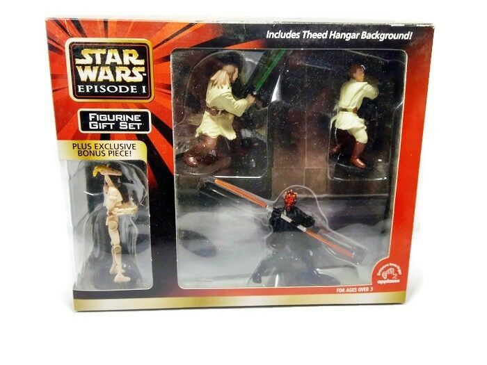 Primary image for Star Wars Episode 1 4 Figurine Gift Set Includes Theed Hangar Background