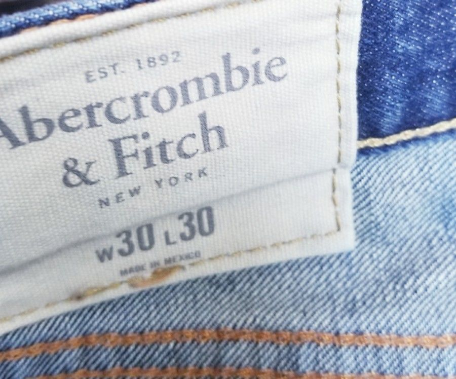 Mens Abercrombie & Fitch Jeans Boot  Distressed Blue jeans size 30