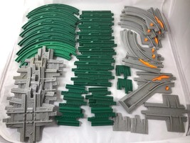 Geotrax Lot Of 40 Green Gripper And Gray Tracks Fisher Price Curve Straight Y - $48.99