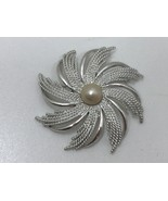 Vintage Silvertone Swirling Flower Brooch Sarah Coventry Faux Pearl Silv... - $15.12