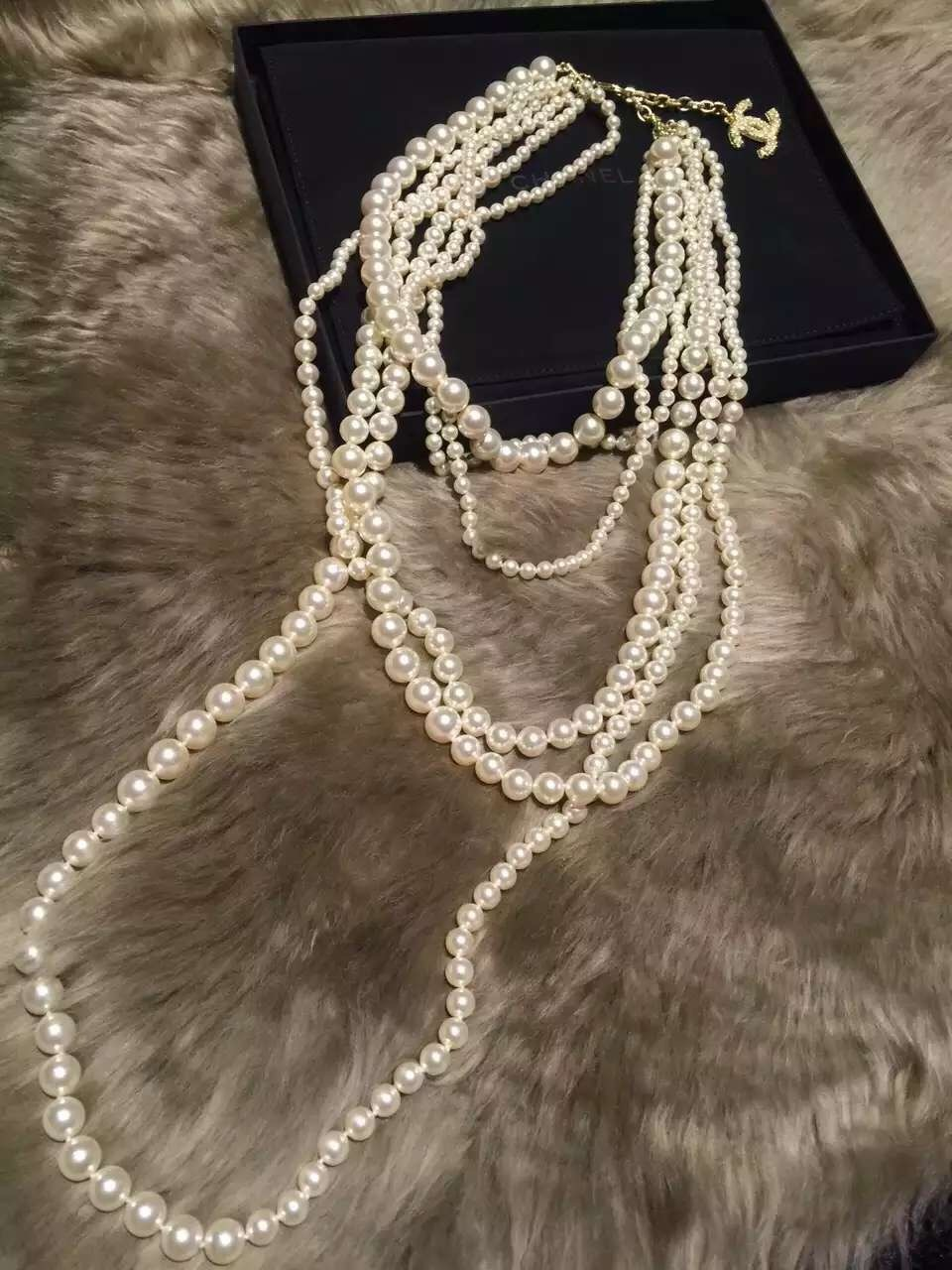 Authentic CLASSIC CHANEL RUNWAY Multi 6 STRAND Faux Pearl NECKLACE RARE