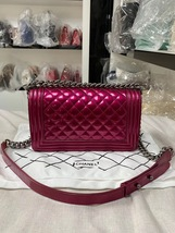 SALE*** Authentic Chanel Boy Metallic Fuchsia Pink Quilted Patent Leather Medium image 2