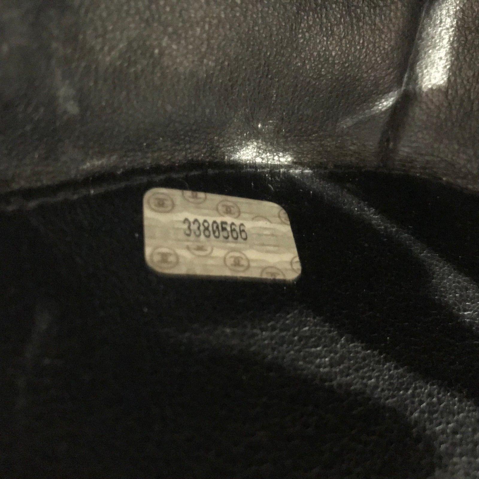 09613d7d8c1f CHANEL VINTAGE Round Vanity Case Black Quilted Patent Leather Purse Bag  Handbag