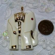 Vintage 14K Yellow Gold Antique Ruby Eye Elephant Charm Pendant for Neck... - €68,83 EUR