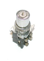 CUTLER HAMMER  2-POSITION KEY SWITCH  2 N.O. 2 N.C. CONTACTS 10 AMP NO KEY - $29.99