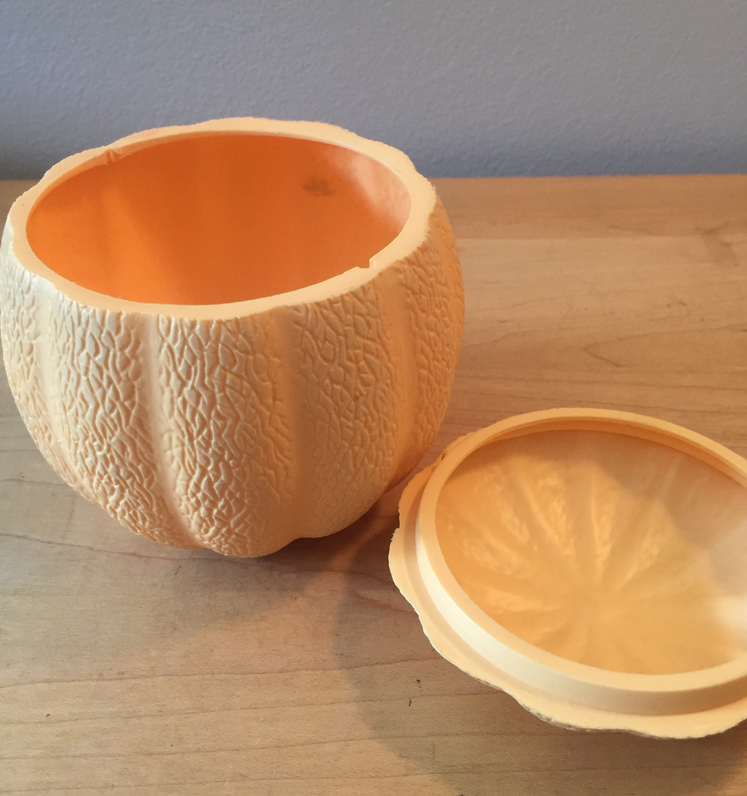70s Avon Cantaloupe Melon guest hand soaps container