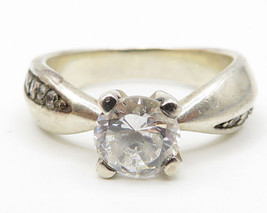 925 Sterling Silver - Vintage Pronged Circular Cubic Zirconia Ring Sz 9 ... - $47.27