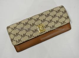 NWT Michael Kors Natalie Heritage Signature Logo Turn-Lock Wallet Luggag... - £94.73 GBP