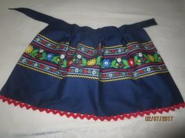 Vintage UNUSED Handmade NAVY FLORAL PRINT Half Apron w/ Button Waist & R... - $11.88